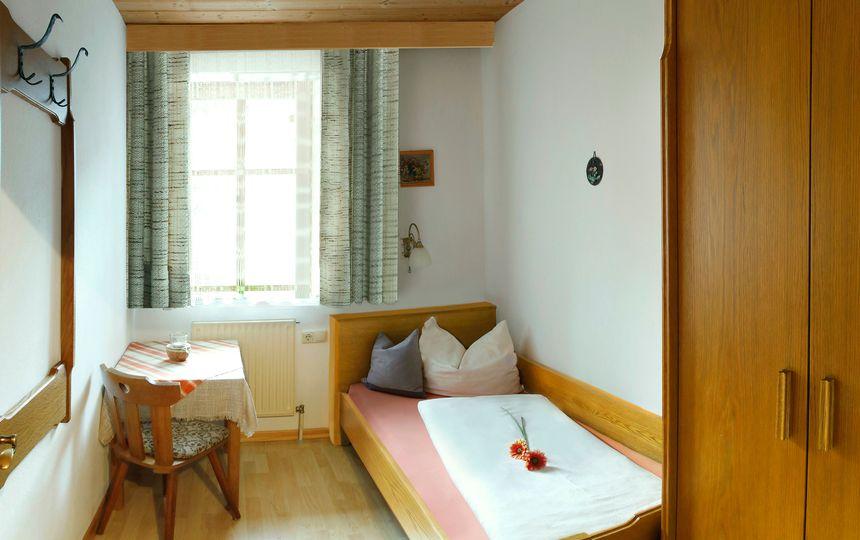 Einzelzimmer in der Ferienwohnung Nathalie